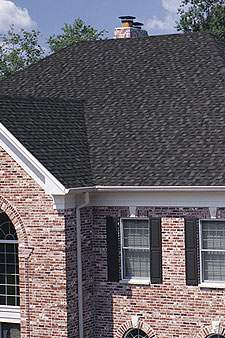 Roof Cleaning Services / Cleaning Shingles