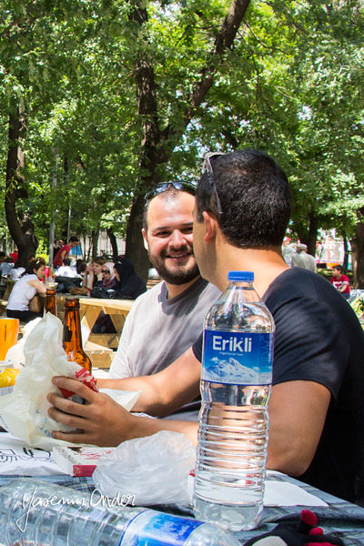 Yasemin Önder_Kitap Ağacı, Kurtuluş Parkı, Pazar 22-06-14_23