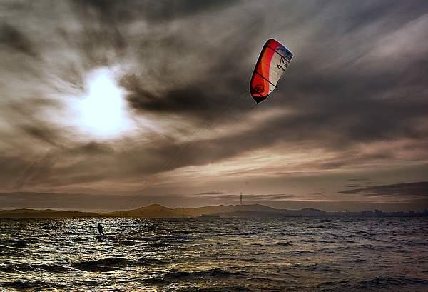 Kitesurfer2