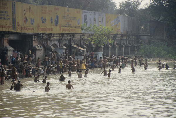 Ganges, India by JerryRobinson
