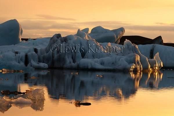 Sunrise #10, Icebergs