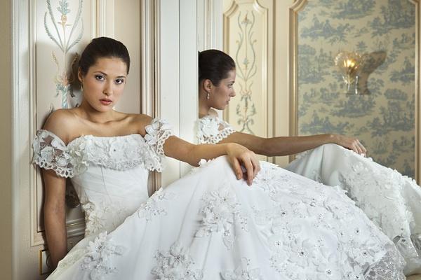 Wedding dress studio by Vlad Zharoff by Vlad Zharoff