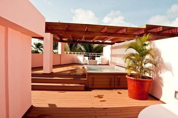 RTT Deck & Plunge Pool