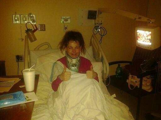 Tara Hemmings and a thumbs up from the hospital