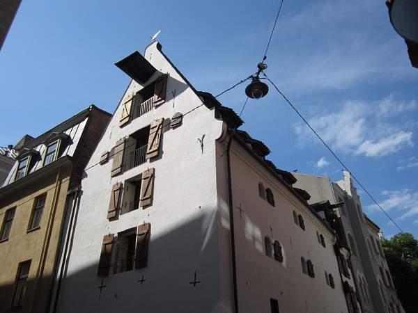 16th century building