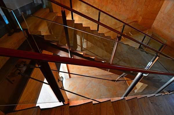 Getty_Villa_Stairwell