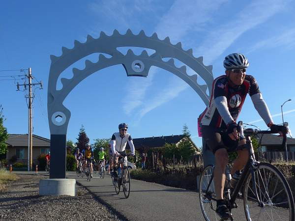 Riders and the Steve Harrison Memorial Arch
