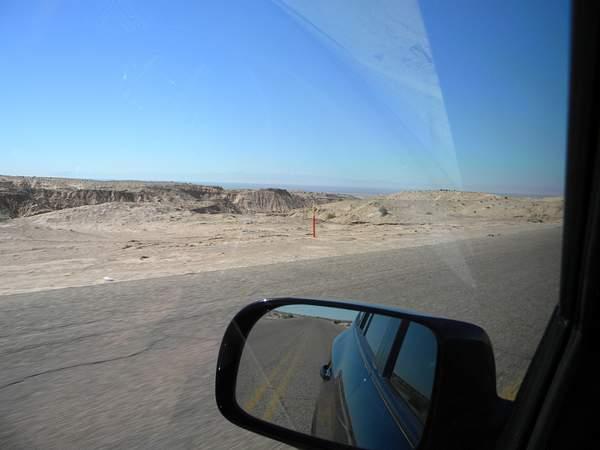 DSCN9853starting downhill near El Golfo