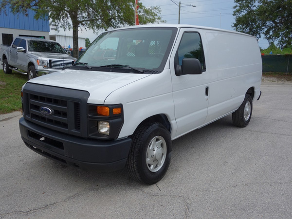 2014 FORD E250 by USACARS