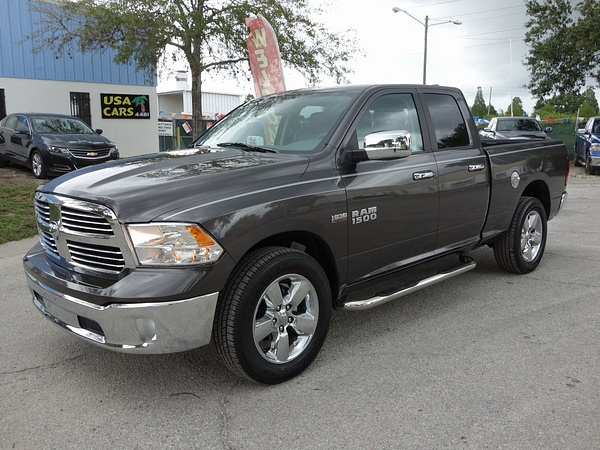2015 ram 1500 4wd by USACARS