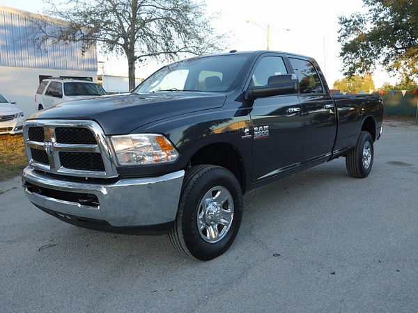 2015 RAM 3500 4WD by USACARS