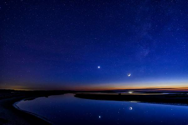Venus and New Moon at Siltcoos Outlet