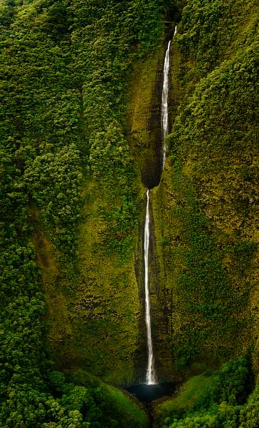 Long Waterfalls from Helicopter