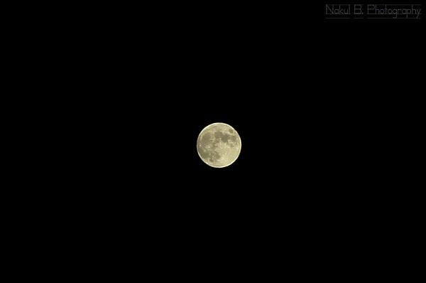 Lunar Eclipse by nakulbphotog