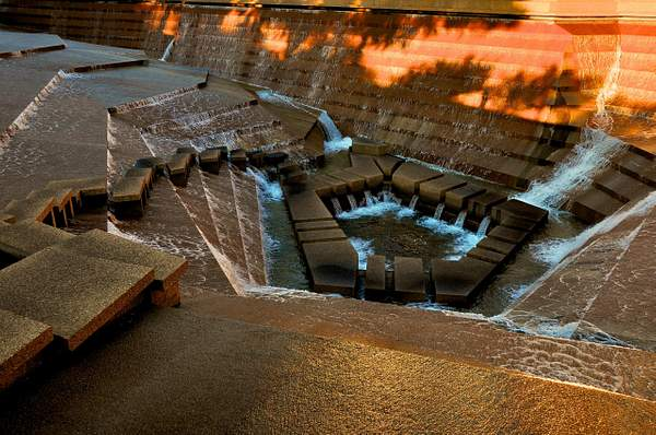 Fort Worth Water Gardens, F8, 1-160s