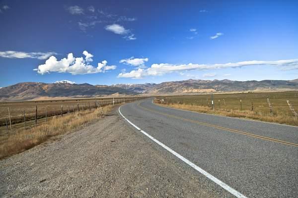 Twin_Lakes_Road