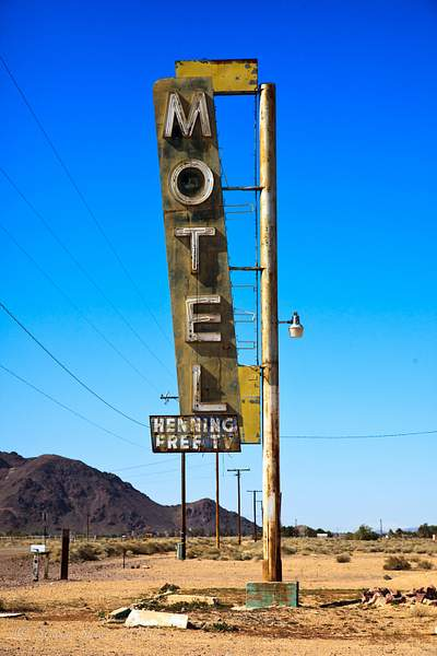 Henning_Motel-1-1