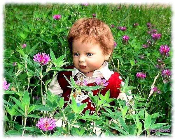 Mitya_and_flowers