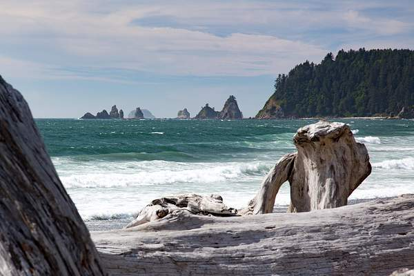 Rialto Beach No. of La Push 2.jpg