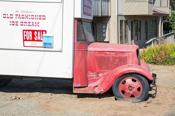 1934 Dodge at xxxx_
