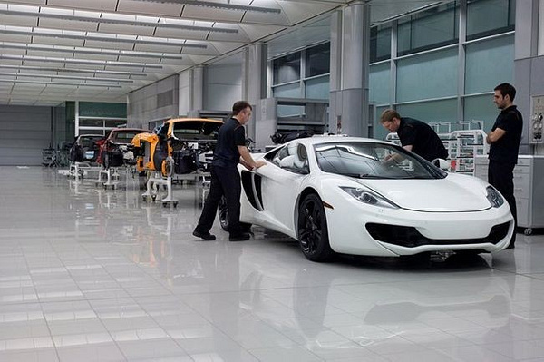 Inside_McLaren;_Perfecting_the_MP4-12_1 by EGARAGE