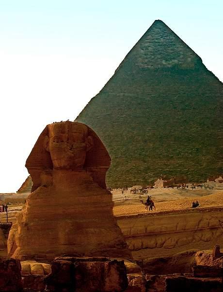 Sphinx & pyramid, Giza, Egypt