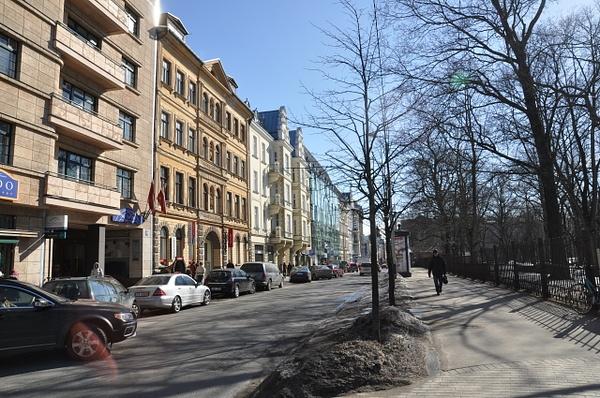 LV - STREET - TAL FAM APP BUILD by Svetlana Punte