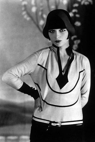 Louise-Brooks-1920s-flapper-fashion-style