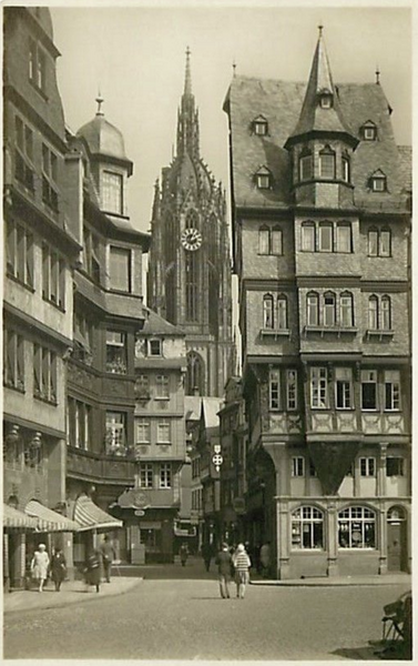 GERMANY-FRANKFURT-CHURCH-DURCHBLICK VOM ROMERBERG AUF DEN DOM